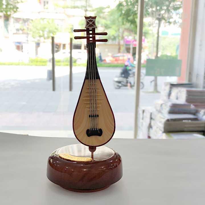 Đồ lưu niệm Đàn tì bà trưng bày - đồ chơi phát nhạc