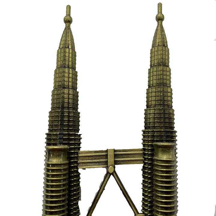 Quà lưu niệm Mô hình tháp đôi Petronas - biểu tượng của Malaysia - Ảnh 1
