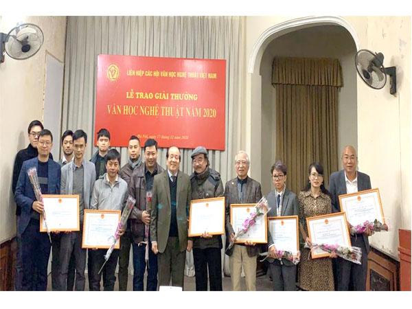 74 tác phẩm được Giải thưởng Văn học nghệ thuật năm 2020